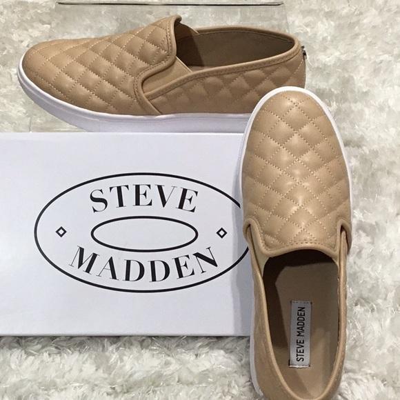 22d23ab1d30 Steve Madden NIB- 9.5M Nude Slip on